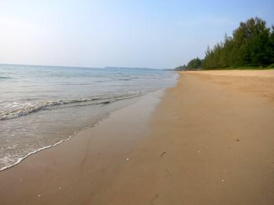 Strand auf Khao Lak in Thailand